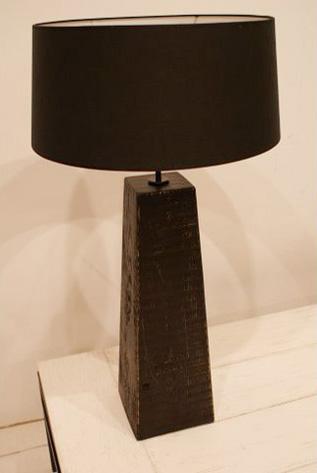 Lámpara Pirámide Baja